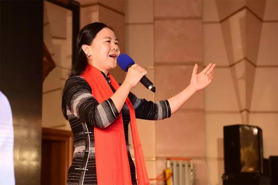 刘星星演唱《前门情思大碗茶》