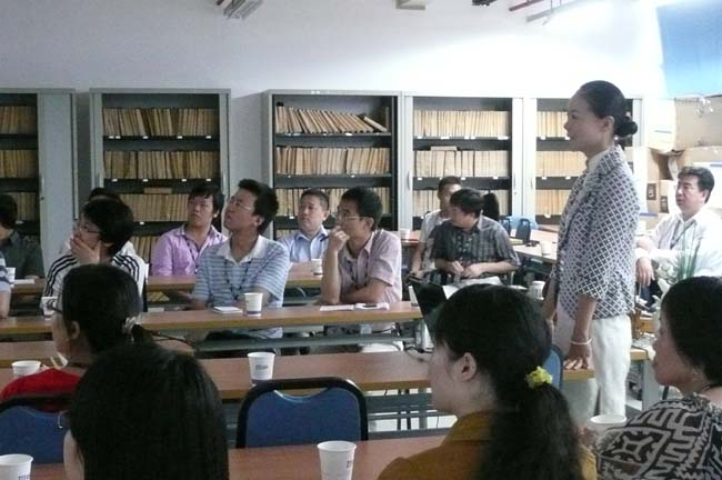 心馨时尚茶艺受深圳中兴通讯公司邀请,对其海员员工举办茶文化讲座、茶道讲座