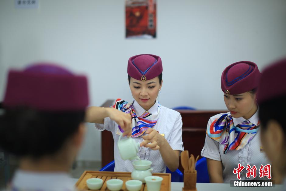 铁路局 动妹 礼仪茶艺培训